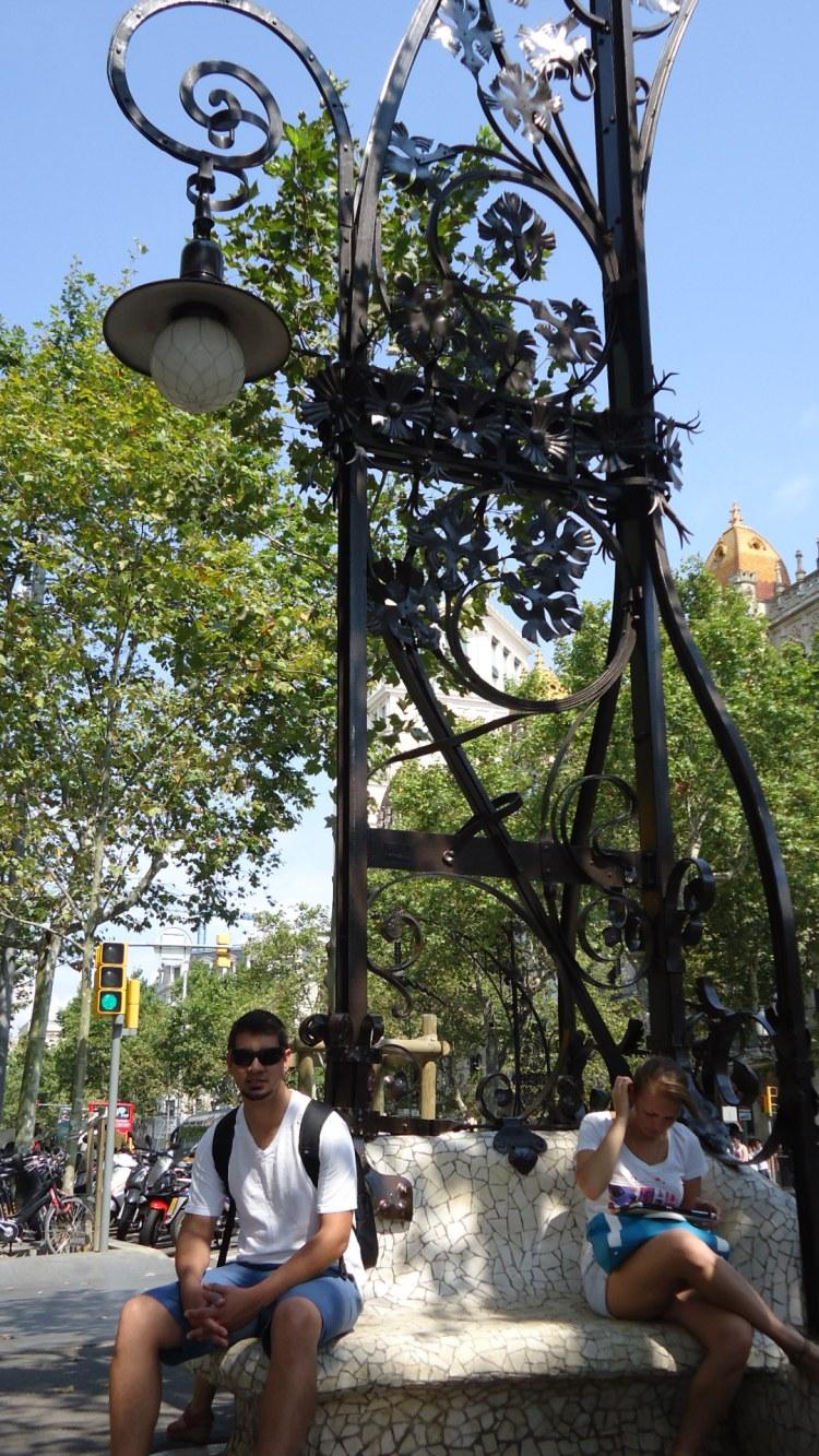 Postes desenhados por Antoni Gaudi