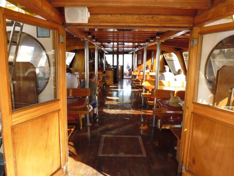 Passeio no Barco Orion